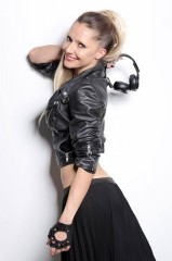 LOIRA LINDA DJ AL FAUNO NOTTE CLUB